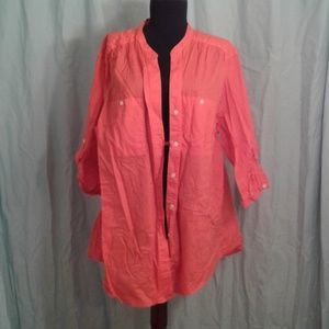 Merona 3 button front shirt
